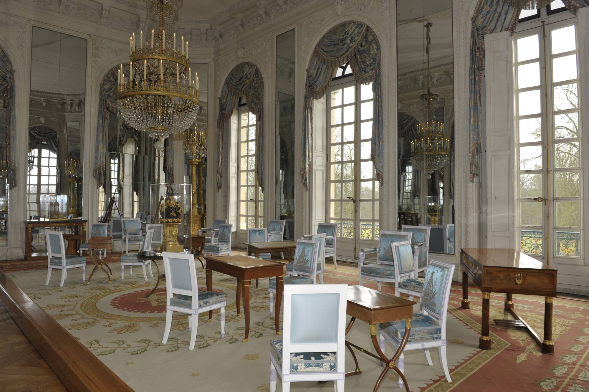 1811 xixth century over the centuries versailles 3d - Le petit salon paris ...