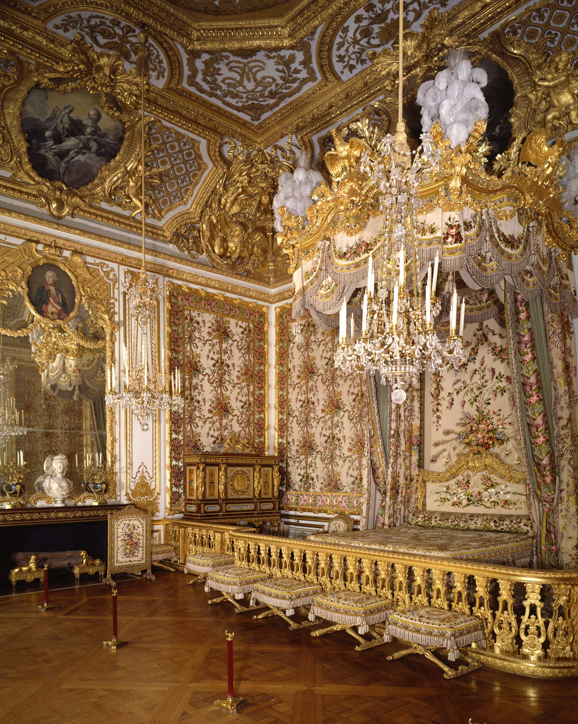 1975 xxth century over the centuries versailles 3d for Chambre de la reine versailles