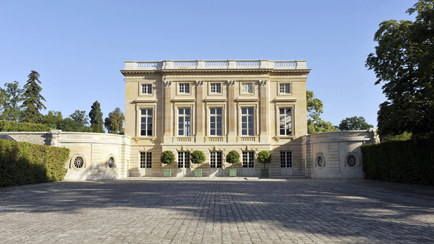 Present-day view of the Petit Trianon, 2011, Versailles, chteaux de Versailles et de Trianon  EPV/ Christian Milet