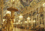 Present-day view of the Hall of Mirrors at night, 2011, Versailles, chteaux de Versailles et de Trianon  EPV/ Christian Milet