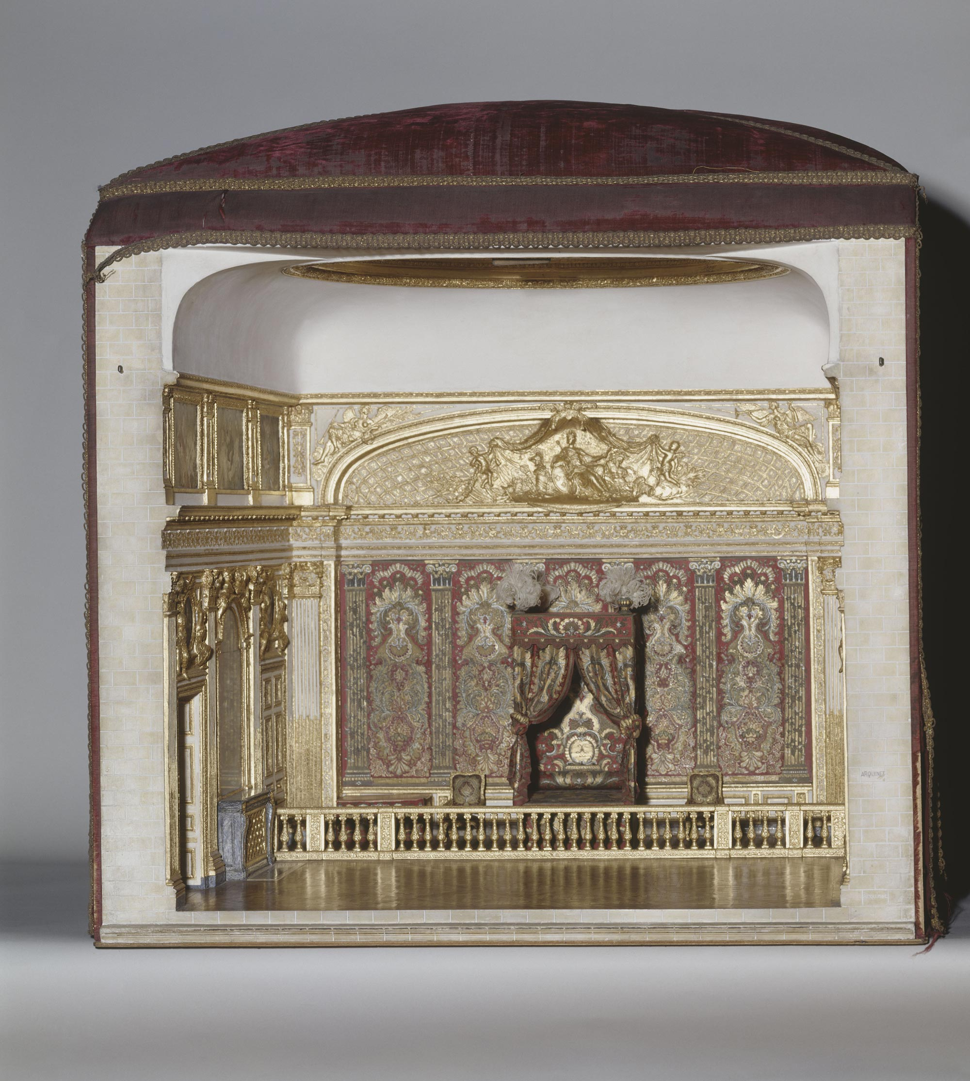 Chambre Bebe Meuble Martin : Maquette de la chambre de Louis XIV à Versailles avant sa [R